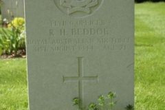 Grave of Flying Officer Robert Henry Beddoe
