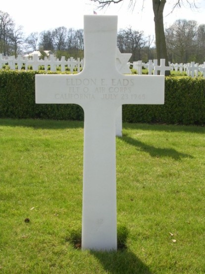 Grave of Flight Officer, Eldon E. Eads at Cambridge American Military Cemetery