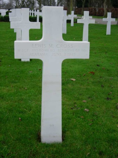 Grave of Master Sergeant Lewis M. Cross at Cambridge American Military Cemetery