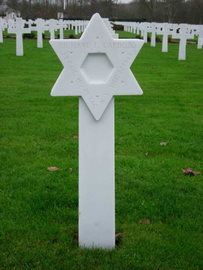 Grave of Lieutenant Colonel Richard L. Cardozo at the Cambridge American Military Cemetery