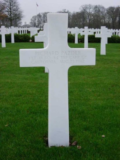 Grave of 1st Lieutenant Richard Pazder at Cambridge American Cemetery