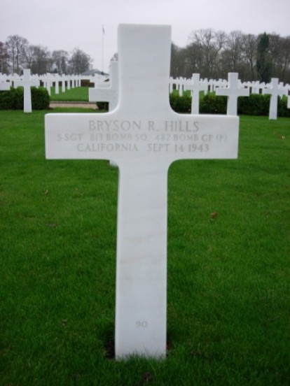 Grave of Staff Sergeant Bryson R Hills at Cambridge American Cemetery