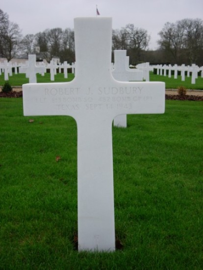 Grave of 1st Lieutenant Robert J Sudbury at Cambridge American Cemetery