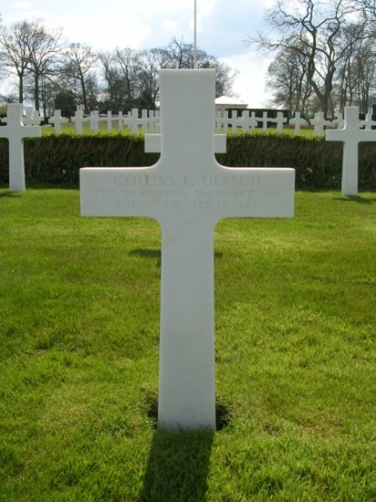 Grave of 2nd Lieutenant Collins E. Liersch at Cambridge American Cemetery