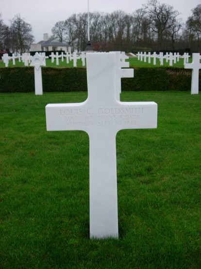 Grave of Major Louis C. Goldsmith at Cambridge American Military Cemetery
