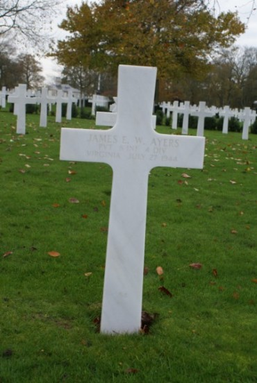 Grave of Private James E. W. Ayers at Cambridge American Military Cemetery, patient aboard 42-93038