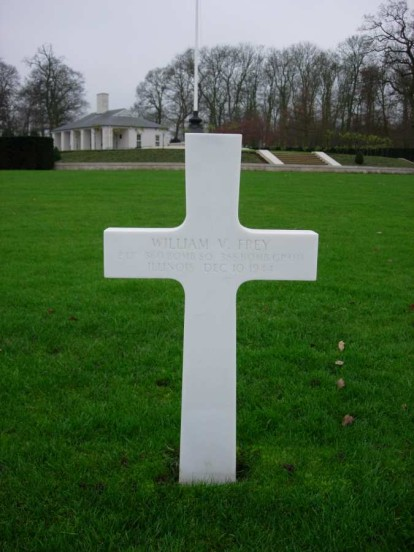 Grave of Navigator, 2nd Lieutenant William V. Frey, at the Cambridge American Military Cemetery