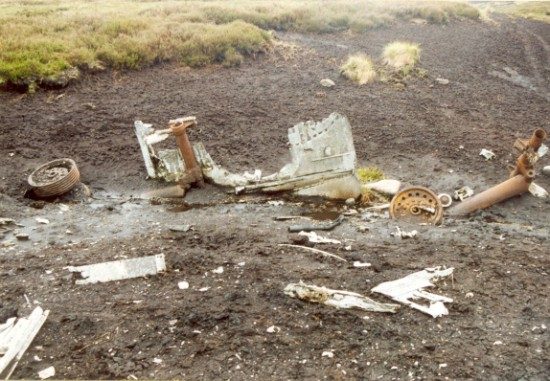 Undercarriage wreckage at the crash site of Boeing B-17G Flying Fortress 43-37667 on Meltham Moor, West Yorkshire