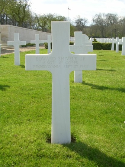 Grave of Staff Sergeant Edward Shively at Cambridge American Cemetery