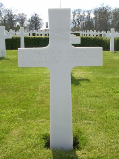 Grave of Technical Sergeant Wesley M. Hagen at Cambridge American Cemetery