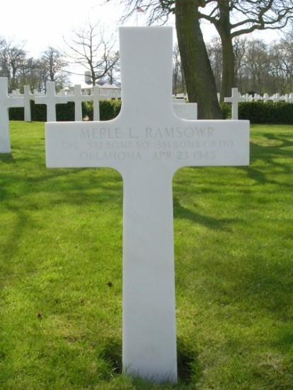 Grave of Corporal Merle L. Ramsowr at Cambridge American Cemetery