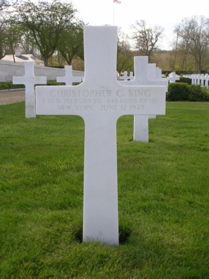 Grave of gunner, Staff Sergeant Christopher C. King at Cambridge American Military Cemetery