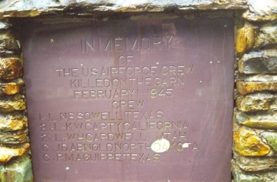 Plaque commemorating the crash of B-26 44-68072 in the Pass of Llanberis