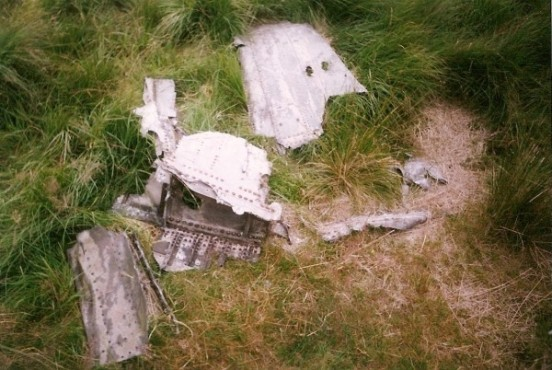 Wreckage at the crash site of North American P-51D Mustang 44-72181 on Castleshaw Moor, Oldham