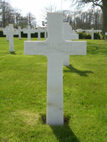 Grave of Sergeant Boyd P. Dobbs at Cambridge American Cemetery
