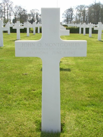 Grave of Engineer, Master Sergeant John O. Montgomery at Cambridge American Cemetery