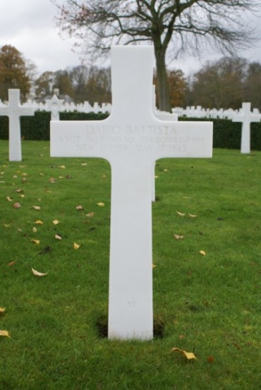 Grave of Sergeant Dario Battista at Cambridge American Military Cemetery