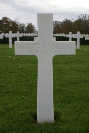 Grave of 2nd Lieutenant James M. Young at Cambridge American Cemetery