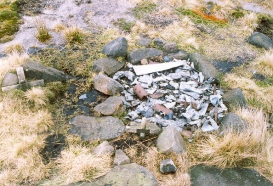 Wreckage at the crash site of Handley Page Hampden Mk.I AE381 at Cluther Rocks, Kinder Scout, Hayfield