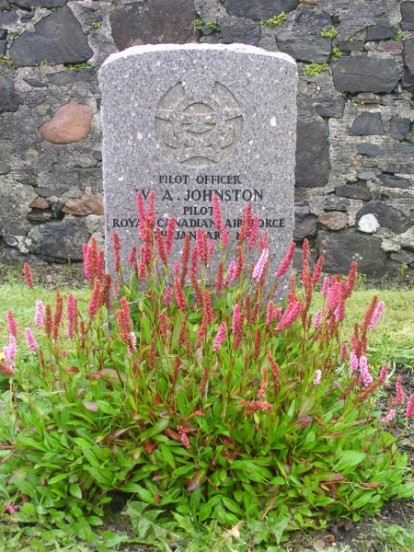 Pilot Officer Johnston's Grave at Bowmore