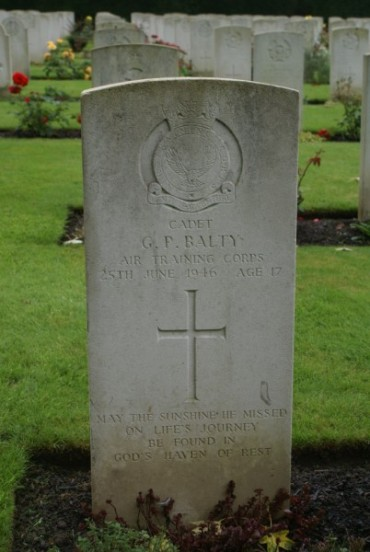 Grave of Cadet Geoffrey Peter Balty at Oxford Botley Cemetery