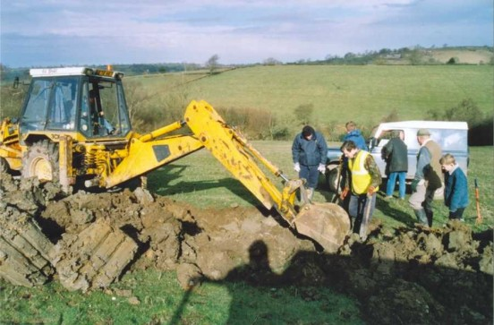 Excavation of Armstrong Whitworth Albemarle V1604 - Ashbourne - Uncovering wreckage from the aircraft at the crash site