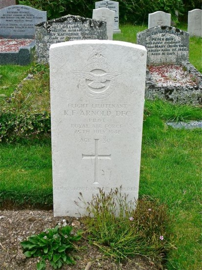 Grave of Keith Fergus Arnold at St Eval Churchyard, Cornwall