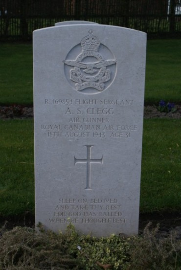 Grave of Flight Sergeant Archibald Sidney Clegg, killed in the crash of Lockheed Ventura AE688 on Carnedd Dafydd, at Chester Blacon Cemetery