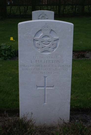 Grave of Flying Officer Lawrence Fullerton, killed in the crash of Lockheed Ventura AE688 on Carnedd Dafydd, at Chester Blacon Cemetery