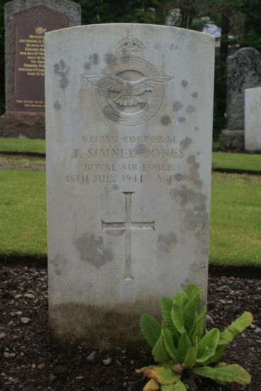 Grave of Corporal Tudor Simner-Jones, killed onboard Consolidated Catalina AH533, Cruach na Seilcheig, Jura