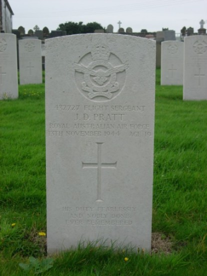 Grave of Flight Sergeant John David Pratt at Jurby churchyard