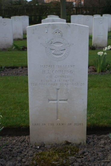 Grave of Sergeant Herbert John Couling at Chester Blacon Cemetery