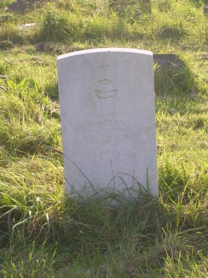Grave of Sergeant Albert John Denny at Wandsworth Streatham Cemeter