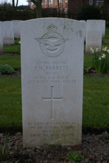 Grave of Flying Officer Barrett at Chester Blacon Cemetery