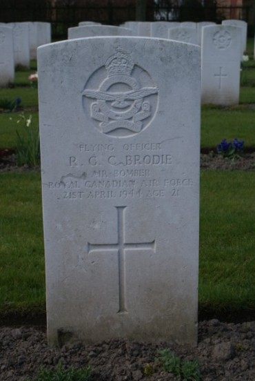 Grave of Flying Officer Brodie at Chester Blacon Cemetery
