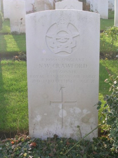 Grave of Sergeant Crawford at Harrogate Stonefall Cemetery