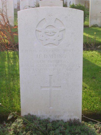 Grave of Warrant Officer Dalling at Harrogate Stonefall Cemetery