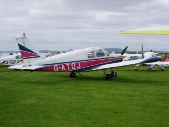 Piper Cherokee at Islay Airport in 2007