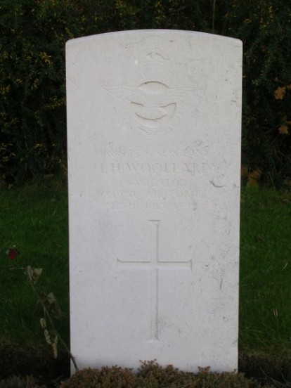 Grave of Thomas Woollard at Harrogate Stonefall Cemetery