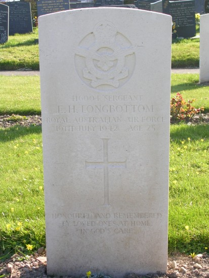 Grave of Sergeant Eric Harvey Longbottom at Caernarfon Llanbeblig Cemetery
