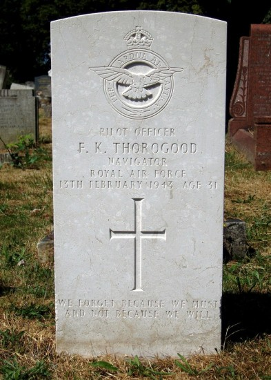 Pilot Officer Frederick Keith Thorogood's grave at Romford Cemetery, Essex