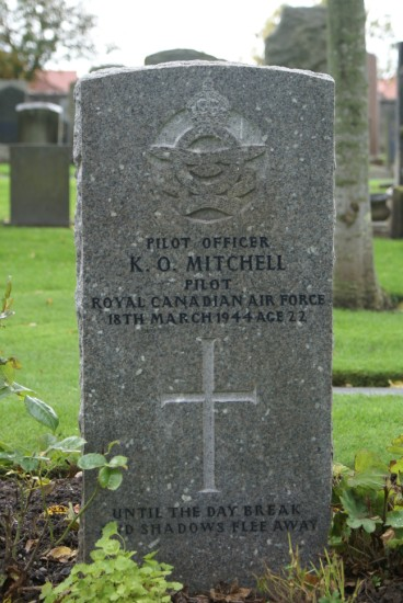 Grave of Pilot Officer Mitchell at Ayr Cemetery