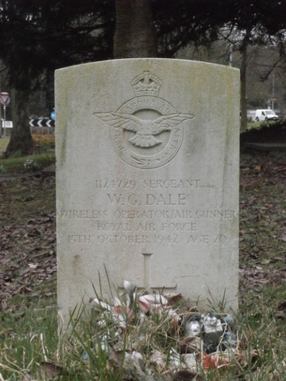 Grave of Sergeant William Gordon Dale at Worsley St Mark Church