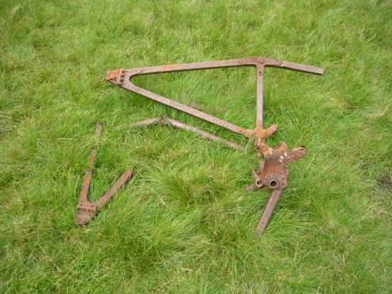 Undercarriage framework from Bristol Blenheim Mk.IV L9039 on Craig yr Ysfa, Snowdonia