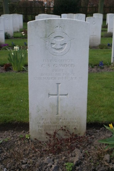 Grave of Flying Officer Charles Stuart Grant Wood at Chester Blacon Cemetery