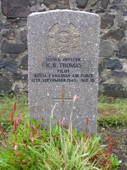 Grave of Flying Officer Kenneth Brant Thomas at Bowmore Cemetery, Islay