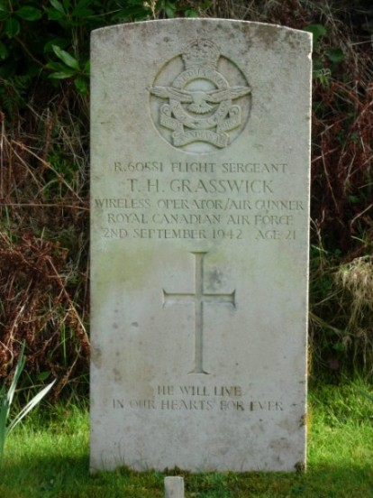 Grave of Sergeant Tom Henry Grasswick at Kilkerran Cemetery, Campbeltown