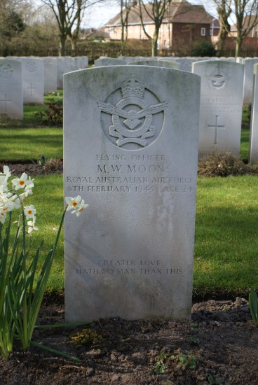 Grave of Flying Officer Maxwell Walter Moon at Chester Blacon Cemetery, died in Avro Lancaster Mk.III NE132 on Foel Ddu near Harlech