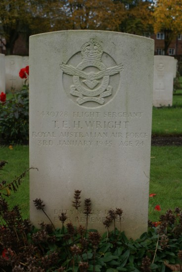 Grave of Thomas Edward Harold Wright at Chester Blacon Cemetery, Cheshire