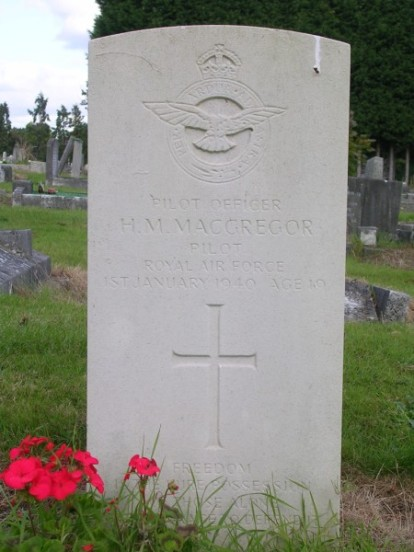 Pilot Officer Horace MacGregor's grave at Harrow Pinner New Cemetery